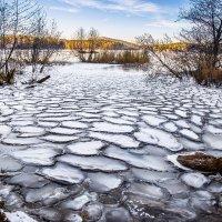 Ледяные соты(Первый лёд) :: игорь козельцев