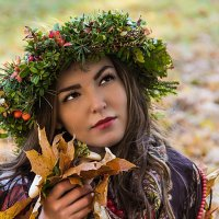 Девушка-осень :: Денис Бажан