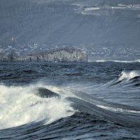 осенний шторм на Байкале :: Юлия Зырянова