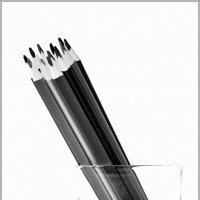 Стопка карандашей. :: Александр Белоглазов