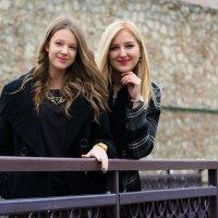 Две сестры. :: Инта