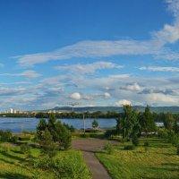 Прошлым летом в Красноярске. :: Владимир Михайлович Дадочкин