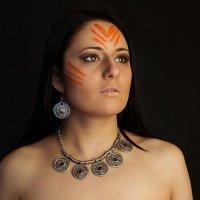 Мандала. Когда я танцую - 1 чакра - муладхара - дикая женщина, первобытная :: Галина Варфоломеева