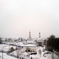 Белые церкви на белом снегу под белым небом :: Николай Туркин