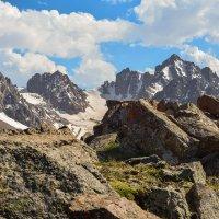 с видом на ледники :: Горный турист Иван Иванов