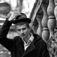 Парень в шляпе :: Женя Рыжов