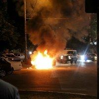 Возгорание автомобиля :: Андрей Чуев