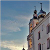 вечер в монастыре :: Дмитрий Анцыферов