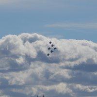 Группа Витязи в воздухе :: Виктор Егорович