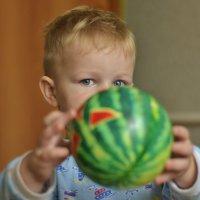 Никита и мяч. :: Сергей Степанов