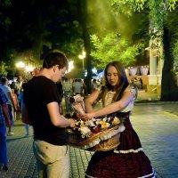 Купите девушке букетик... :: Владимир Хиль
