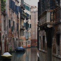А по этой улочке не ходят... ( Венеция) :: Алекс Б-в