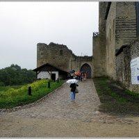 Ворота замка в Раквере :: Вера
