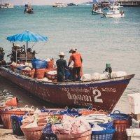 Boat - port - sea - work. :: Илья В.