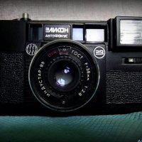 Раритеты: фотоаппарат Эликон :: Андрей Заломленков