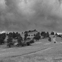 Туча над плато. :: Андрий Майковский