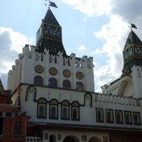 Башни Измайловского Кремля :: Дмитрий Никитин