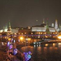 Кремль с Патриаршего моста. :: Larisa