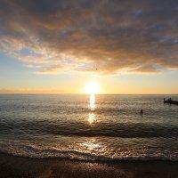 Рыбалка на закате :: valeriy khlopunov