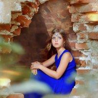 В руинах замка... :: Римма Гусакова