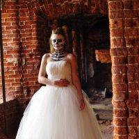 Мистическая невеста. :: Виталий Виницкий