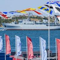 День ВМФ тогда еще в украинском Крыму :: Ольга Герцык