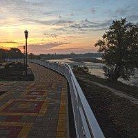 Утро на набережной Кубани :: Бронислав Богачевский