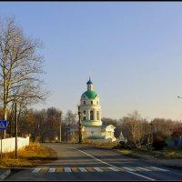 Никольский храм в Гребнево. :: Виталий Виницкий