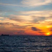 Вечер у моря :: Игорь Гарагуля