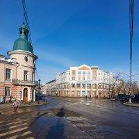 Перекресток ул Ленина и Карла-Маркса в Иркутске :: Алексей Белик