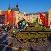 Выставка военной техники времен Великой Отечественной войны :: Андрей Воробьев