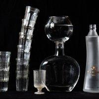 натюрморт со стаканчиками :: Владимир Бурдин