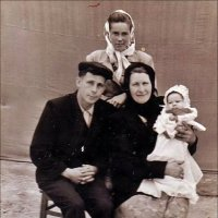 Семья. 1950 год :: Нина Корешкова