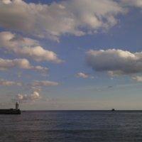 маяк и облака :: Дарья Янковская