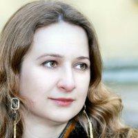 Осенний портрет дочери :: Вячеслав Губочкин