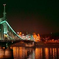 Ночной Будапешт :: Николай Ярёменко
