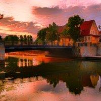 Waking Town :: Ruslan Bolgov