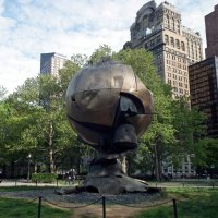 Скульптура, свидетель теракта :: Natalia Harries