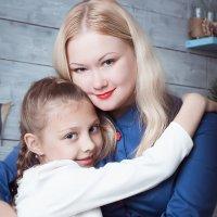 Мама и дочь :: Игорь Кошляев