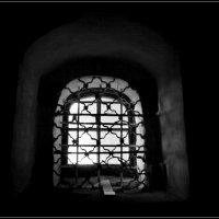 Монастырское оконце :: Ирина Фирсова