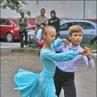 уличный танец :: Дмитрий Анцыферов