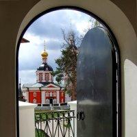 Дверь открыта :: Татьяна Белогубцева