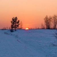 Солнце скрылось за горою :: Анатолий Иргл