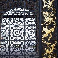 """Фрагмент ворот""""День и ночь"""" :: bemam *"""