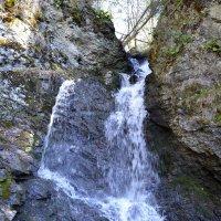 горный родник, как водопад :: Tatiana Lesnykh Лесных
