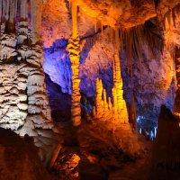 Сталактитовая пещера. :: Dmitry Chudnovsky