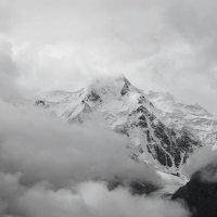 Каракольский пик (5280 м) :: Maxim Claytor