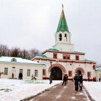Коломенское. Передние ворота. :: Владимир Болдырев