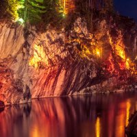 Вечерние огни горного парка :: Агент Уль