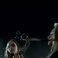 Неоконченная пьеса для саксафона с пузырями :: Иван Миронов
